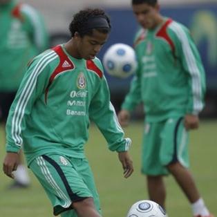 Джовани дос Сантос сборная Мексики