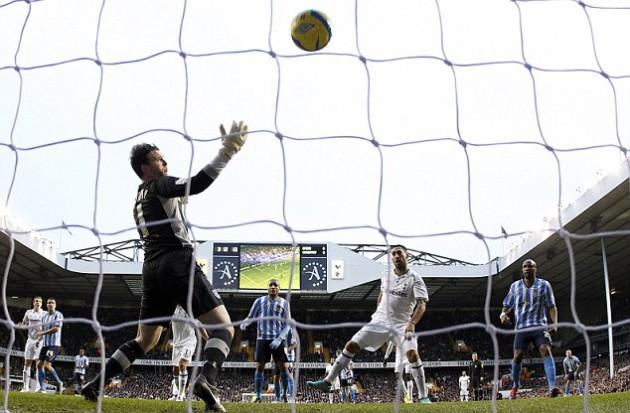 Клинт Демпси открыл счёт в матче Тоттенхэм - Ковентри 3:0