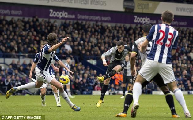 Гарет Бэйл забивает единственный мяч в матче  Вест Бромвич - Тоттенхэм 0:1