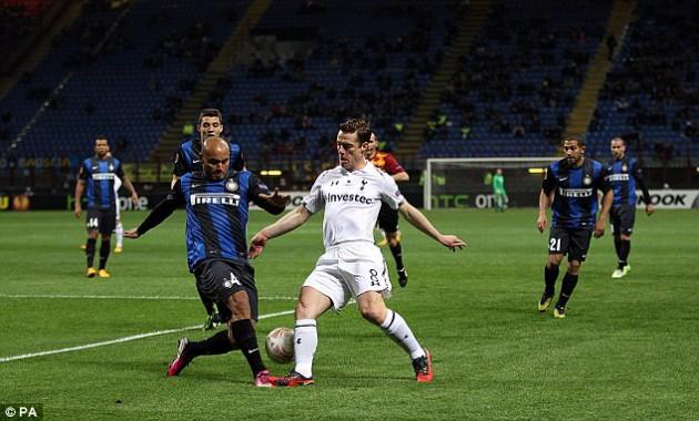 Скотт Паркер в матче Интер - Тоттенхэм 4:1