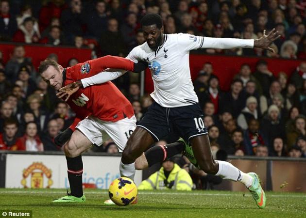 Эммануэль Адебайор vs Уэйн Руни: Манчестер Юнайтед - Тоттенхэм 1:2
