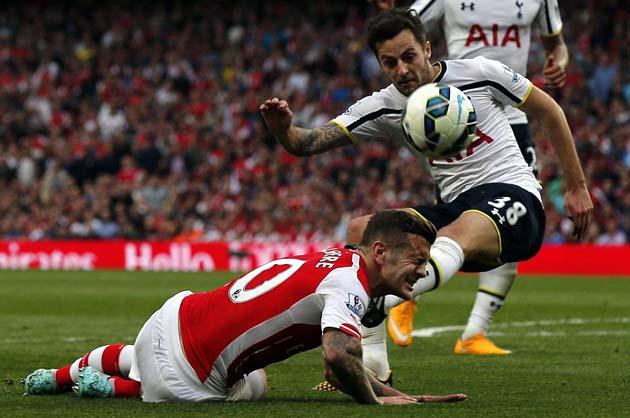 Райан Мэйсон сыграл свой первый полный матч Премьер Лиги в дерби Арсенал - Тоттенхэм 1:1