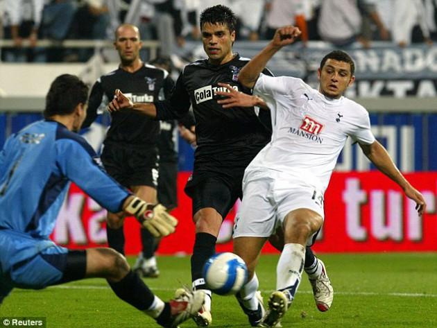 Тоттенхэм Хотспур уже играл с Бешикташем в Кубке УЕФА 2006/07 и победил тогда их в Стамбуле со счётом 2:0