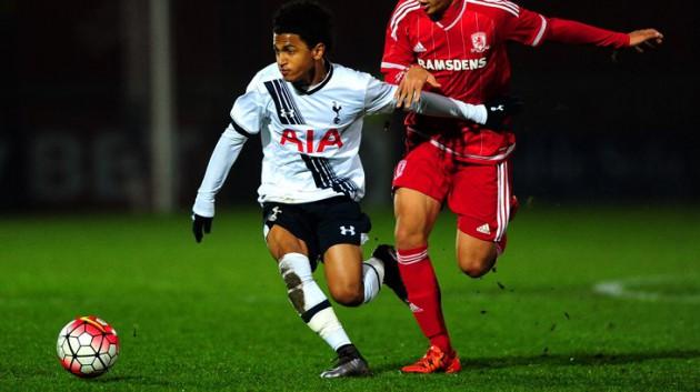 Маркус Эдвардс забил два из трех голов сборной Англии до 18 лет в матче с Австрией
