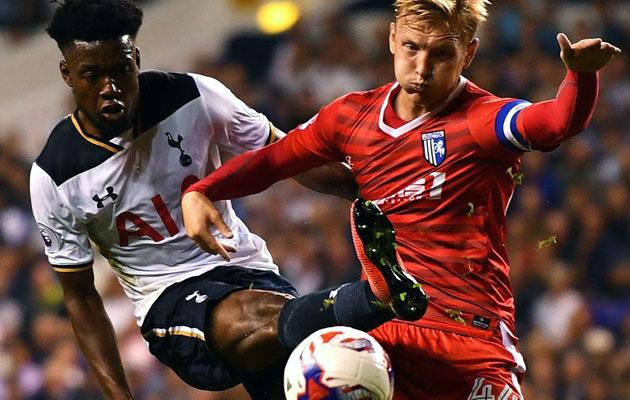 Джошуа Онома тоже забил в ворота Джиллингема свой первый мяч за Шпоры