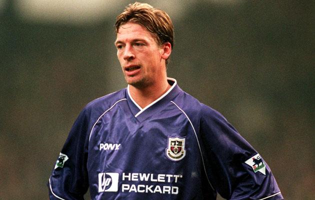 Штефан Фройнд, бывший игрок, тренер и нынешний технический координатор Шпор, закончил свою профессиональную карьеру в 2004-м году, будучи в аренде в Лестер Сити.