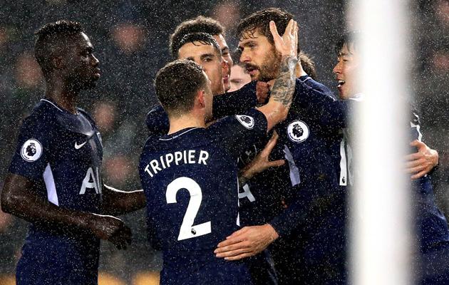 Дождь и судьи не помешали Фернандо Льоренте забить свой первый гол в АПЛ за Тоттенхэм