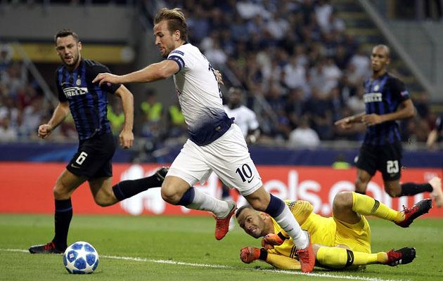 Харри Кэйн прервал свою серию матчей Лиги Чемпионов с забитыми голами , хотя шанс забить у него был