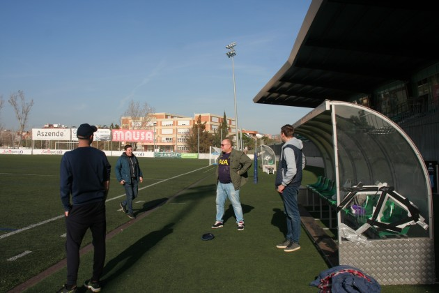 Небольшая тренировка на стадионе Корнельи