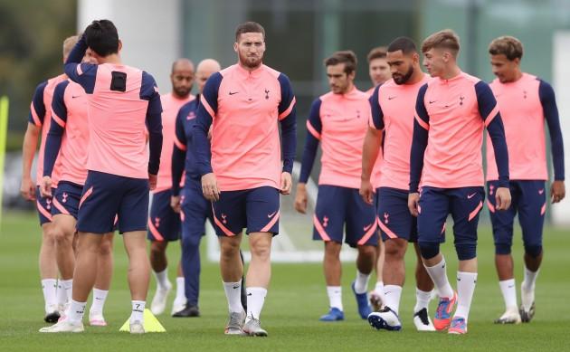 Tottenham-training-1-scaled